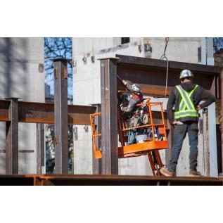 Обучение безопасным методам и приемам работы на высоте при эксплуатации строительных подъемников и мобильных подъемных рабочих платформ
